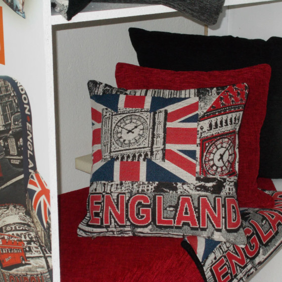 maxilari_aggliki_simaia_english_flag_tapestry_pillow_40X40_55X55