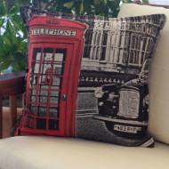 maxilari_yfanto_london_taxi_tapestry_pillow_40x40