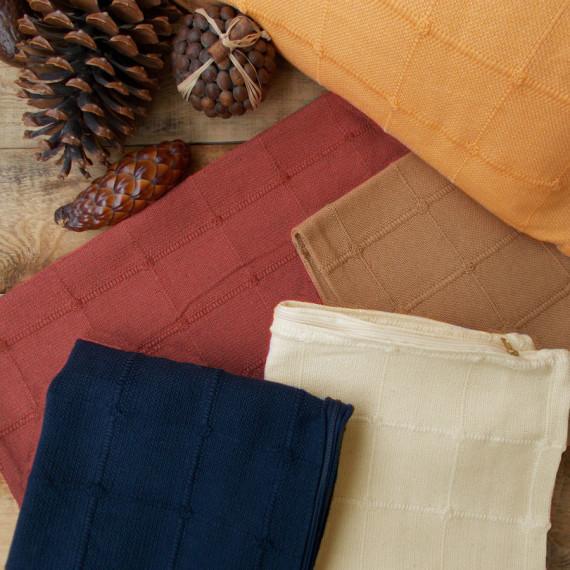 maxilaria_vambakera_cotton_pillows
