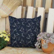 maxilara_zakar_mple_floor_cushion_blue_rose_55X55_2F02B2015