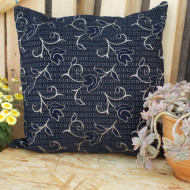 maxilara_zakar_mple_floor_cushion_blue_rose_65X65_2F02B2016