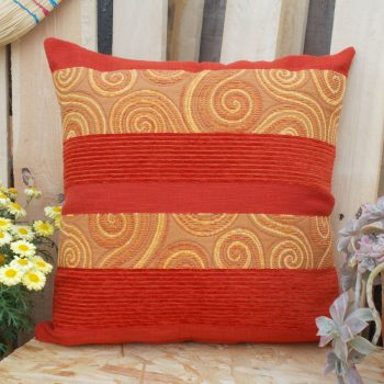 maxilary_zakar_kokkino_pillow_red_fustian_50X50_2E00R1014