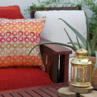 maxilara_zakar_red_floor_cushion_boston_50X50
