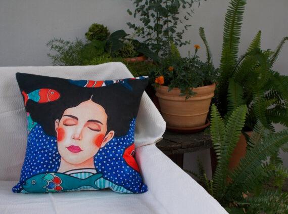 Summer pillow sea bed